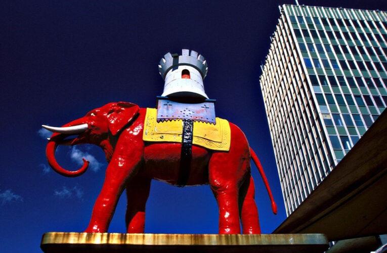 Comunidad latina recopila memorias tras cierre de Elephant & Castle