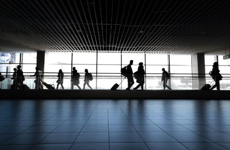 Polonia y Turquía se agregan a la lista de cuarentena del Reino Unido a medida que aumentan multas