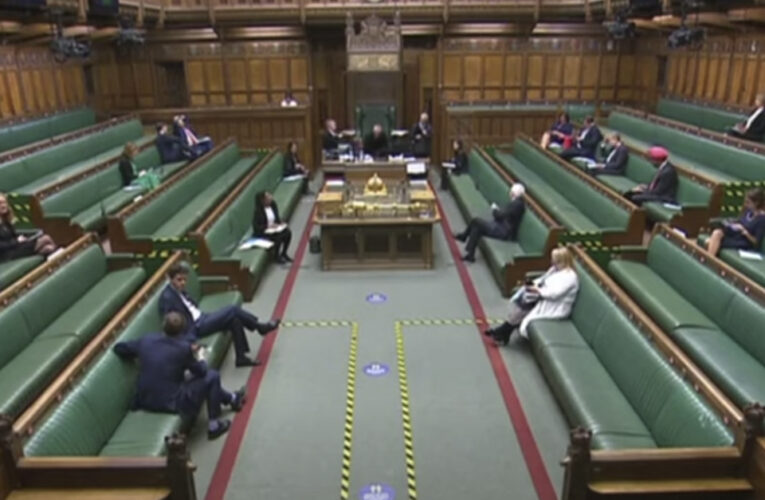 Parlamento decidirá este miércoles si aprueba segundo confinamiento