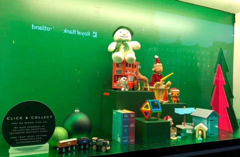 Tiendas podrían abrir las 24 horas del día antes de Navidad