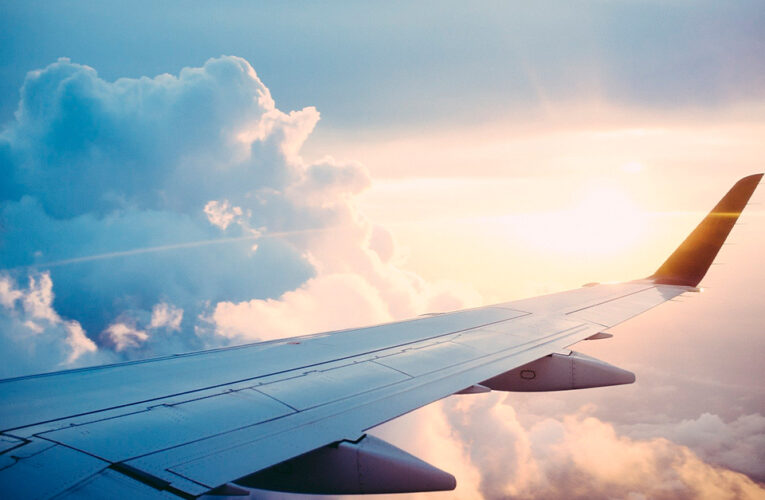 Grant Shapps espera obtener luz verde para vuelos de vacaciones después del 17 de mayo