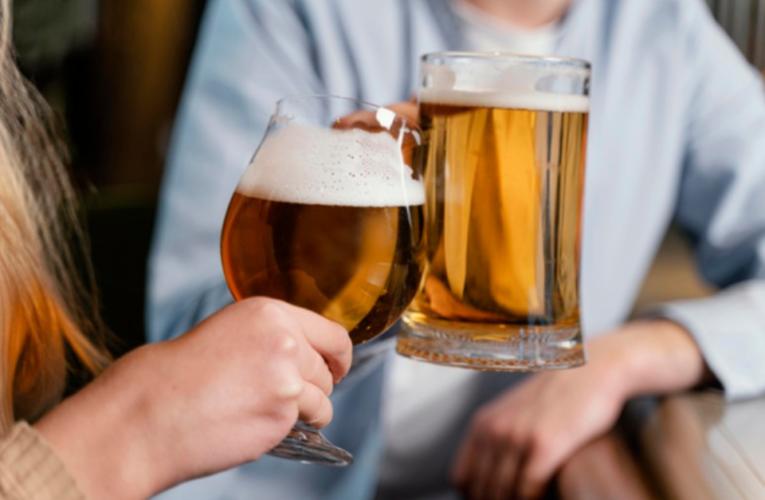 No importa la cantidad de alcohol que bebas, está dañando tu cerebro