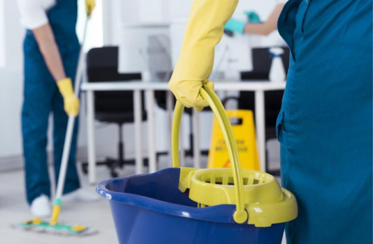 Campaña para mejorar las condiciones laborales de limpiadores migrantes