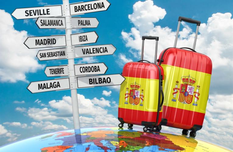 Británicos deberían abstenerse de viajar a España por turismo