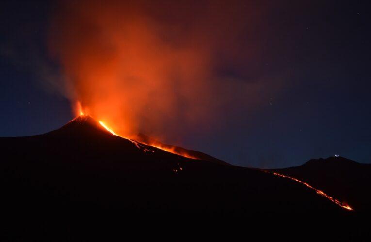 Entra en erupción volcán de las Islas Canarias
