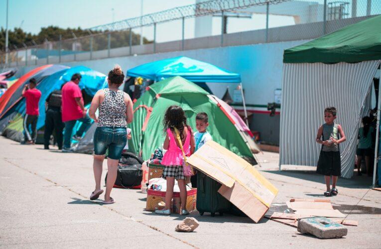 En Necoclí Colombia hay emergencia por la llegada masiva de migrantes haitianos